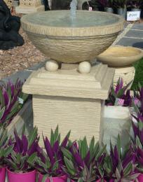 D&B Water Feature Creme FIA057  ARRIVING OCTOBER