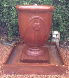 Anduze Fountain Iron Rust 00999